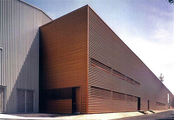 Edificios Industriales Y Oficinas En Cablena Zaragoza
